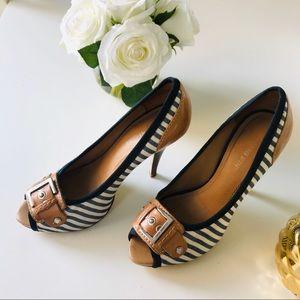 Gianni Bini Navy Cream Striped Heels 8.5